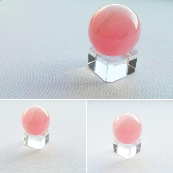 roosast kvartsist kristallkuul